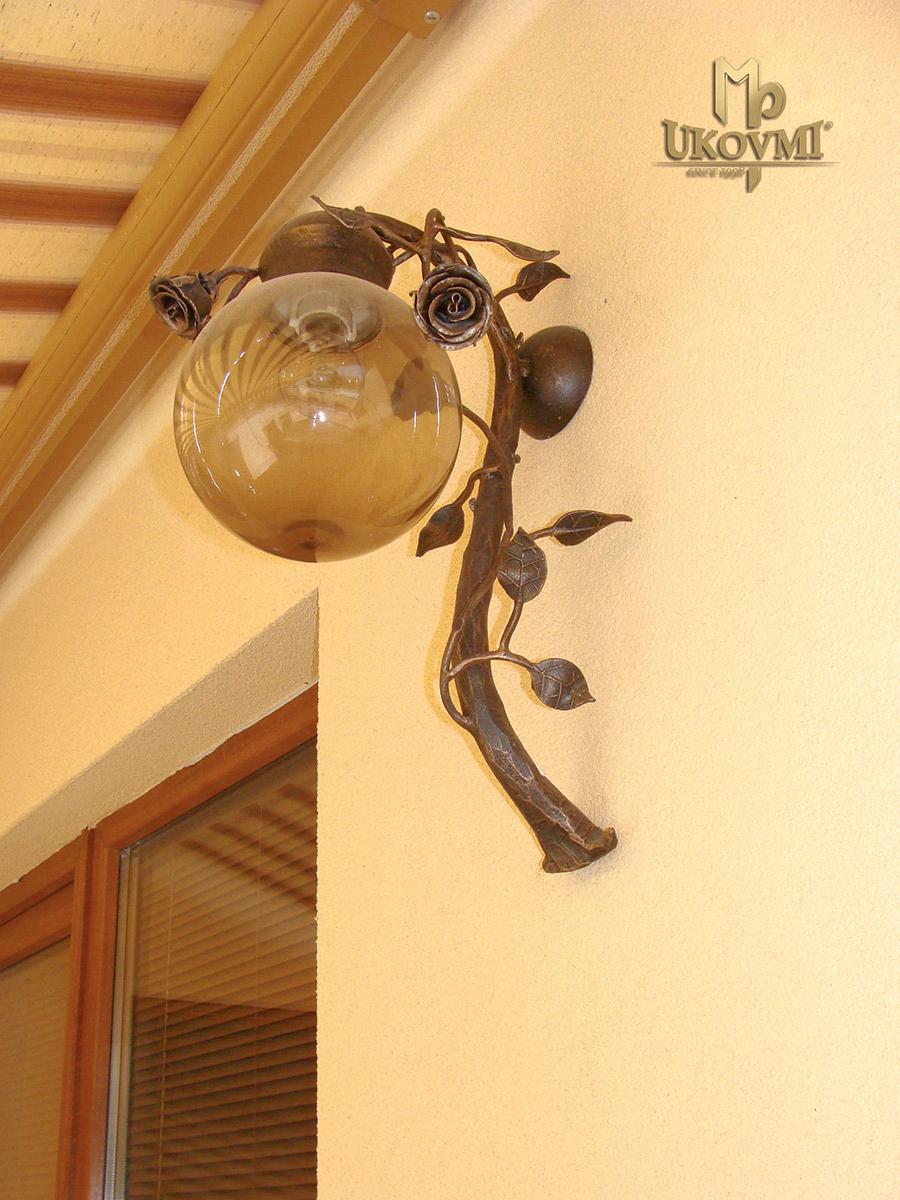 Romantické nástenné svietidlo - RUŽA - dizajnová exteriérová lampa