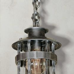Kované závesné svietidlo HISTORIK - exteriérové svietidlo