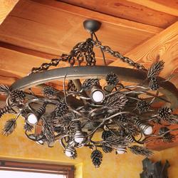 Kovaný luster - SOSNA - luxusné interiérové svietidlo