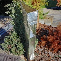 Exteriérové nerezové svietidlo - moderná záhradná lampa