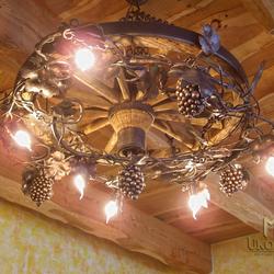 Umelecký luster VINIČ/KOLESO veľký - luxusné závesné svietidlo