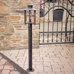 Dizajnová lampa - umelecké svietidlo BABIČKA na osvetlenie prístupových ciest, záhrad, parkov, skaliek...