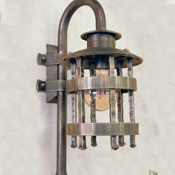Luxusná exteriérová lampa HISTORIK s historickým dizajnom - výnimočné osvetlenie v kovanom štýle