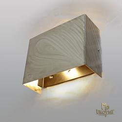 Moderné nerezové tienidlo - luxusné interiérové svietidlo vyrobené ručne v ateliéri umenia a dizajnum UKOVMI