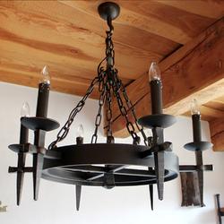 Ručne vykovaný luster ANTIK s historickým dizajnom - osvetlenie historických budov, hradov, kaštieľov a zámkov...
