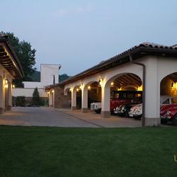 Kované osvetlenie luxusných garáží - exteriérové svietidlá z ateliéru umenia a dizajnu UKOVMI
