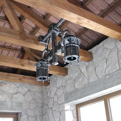 Originálne dvojramenné svietidlo navrhnuté a vyhotovené pre súkromný letný altánok v striebornej patine