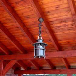 Exteriérové svietidlo visiace na kovanej reťazi - svietidlo vyrobené na Slovensku so zárukou kvality - záhradné svietidlá